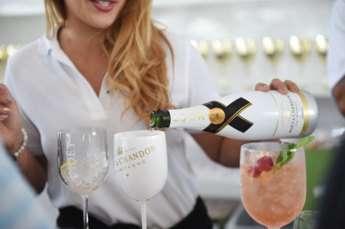 Moet & Chandon Champagne Lounge